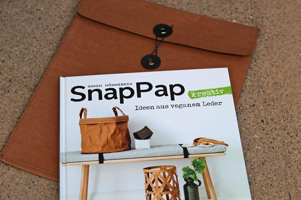 SnapPap kreativ – Ideen aus veganem Leder - Buch mit genähter SnapPap Hülle