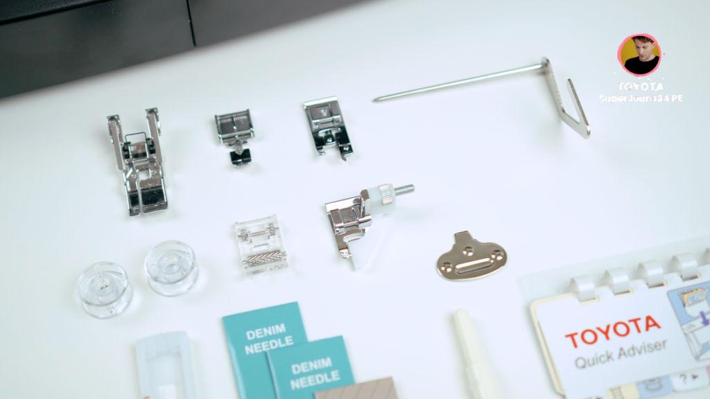 Zubehör der Nähmaschine: Nähfüße, Unterspulen und Ersatznähnadeln