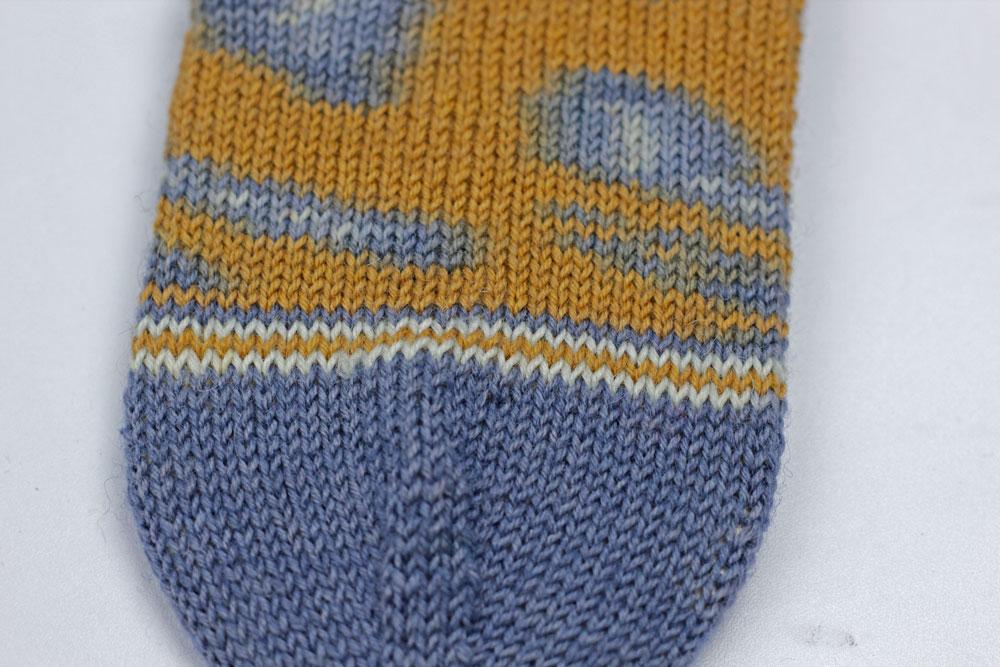 Kinda Magic Socks - Dekorative Streifen vor der Spitze