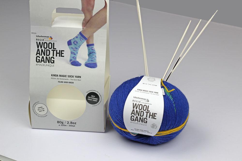 Kinda Magic Socks Wollknäuel in Verpackung