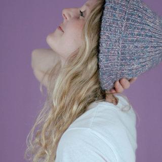 Anleitung: Mütze im Rippenmuster stricken