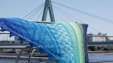 Dreieckstuch stricken - Blick auf Severinsbrücke Köln [object object] Dreieckstuch stricken mit dekorativer Spitzenkante – Tuch Vicky