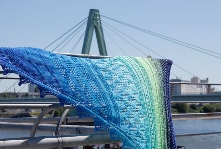 Dreieckstuch stricken - Blick auf Severinsbrücke Köln