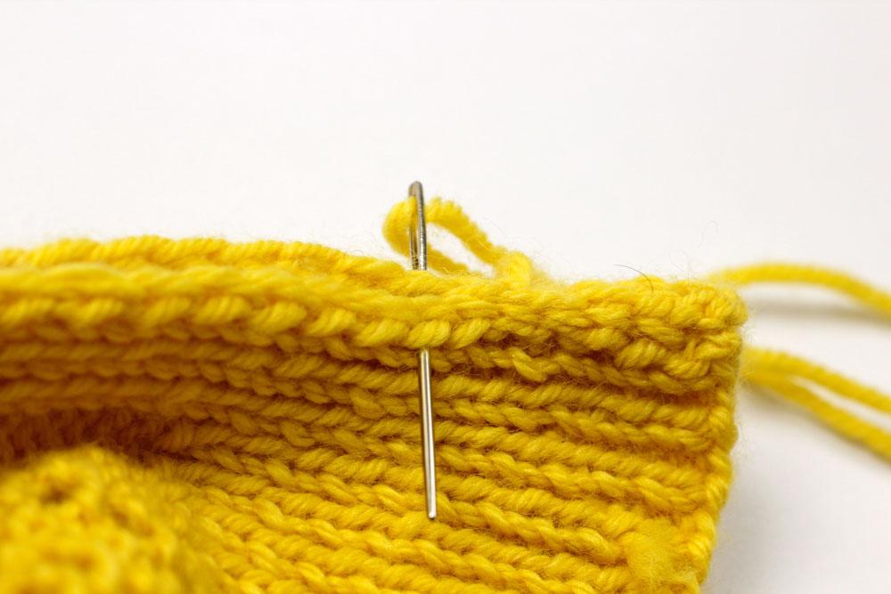 Pullunder stricken: Strickteil zusammennähen