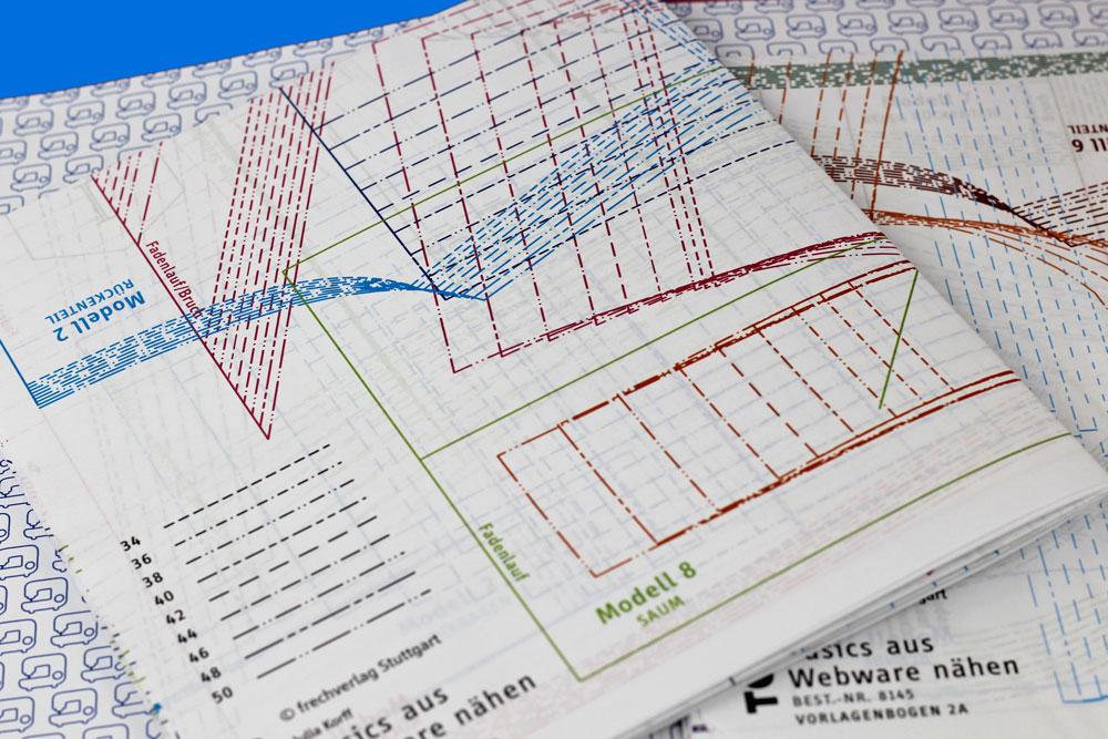 Basics aus Webware nähen - Schnittmusterbögen sind vorne und hinten im Buch eingeklebt und können leicht herausgetrennt werden.
