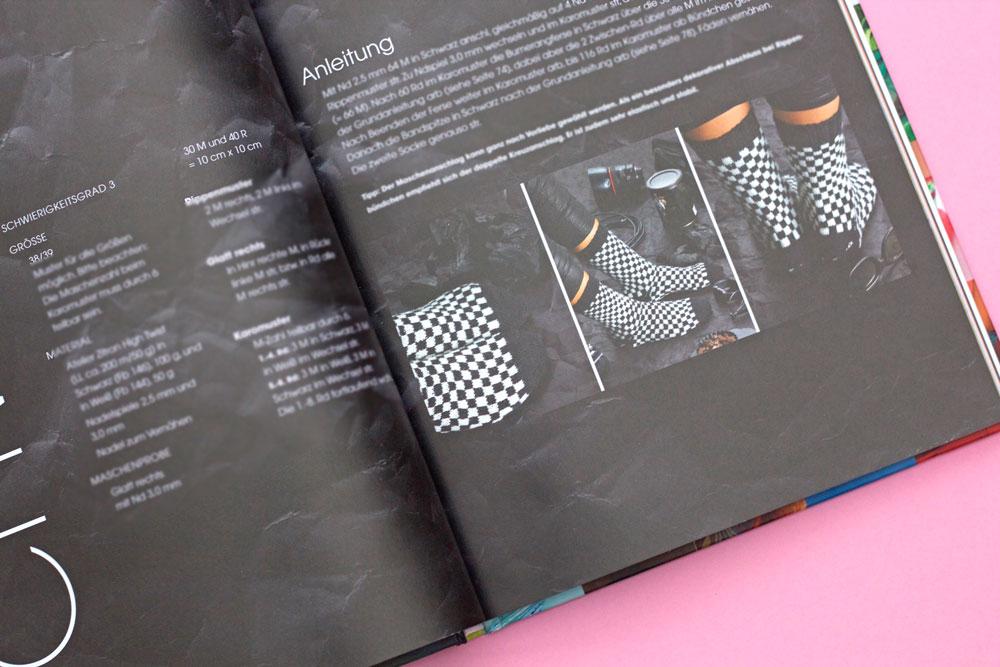 Statement Socken stricken - Farbe Schwarz