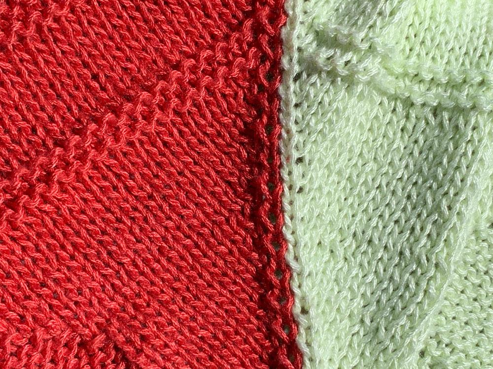 Eriu-Tuch - Auf der Vorderseite erkennst du die gerade Trennung der beiden Farben.