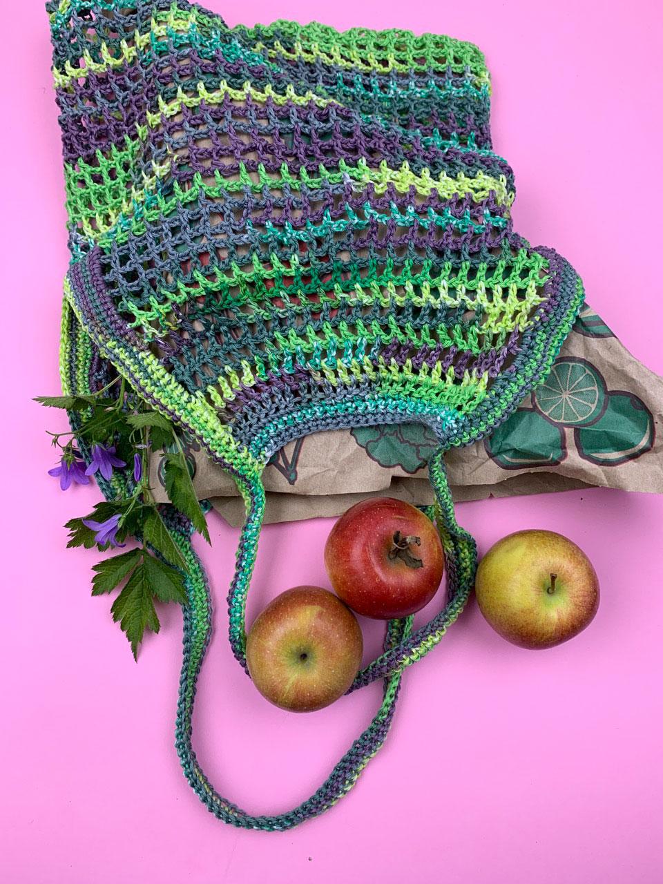 Häkelnetz in Grün und Violett