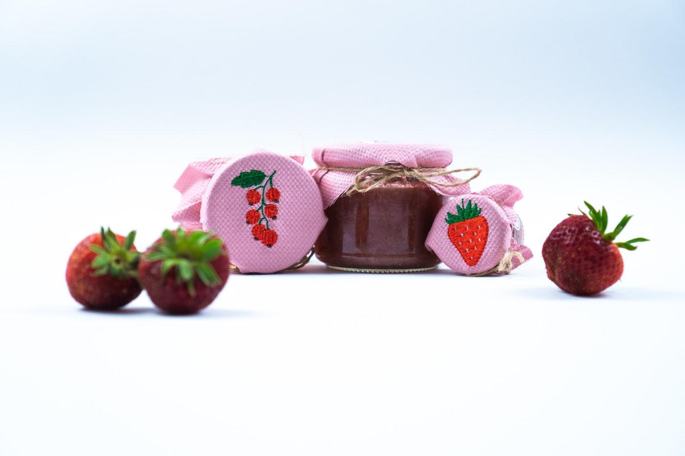 Erdbeere und Johannisbeere als Stickdatei herunterladen
