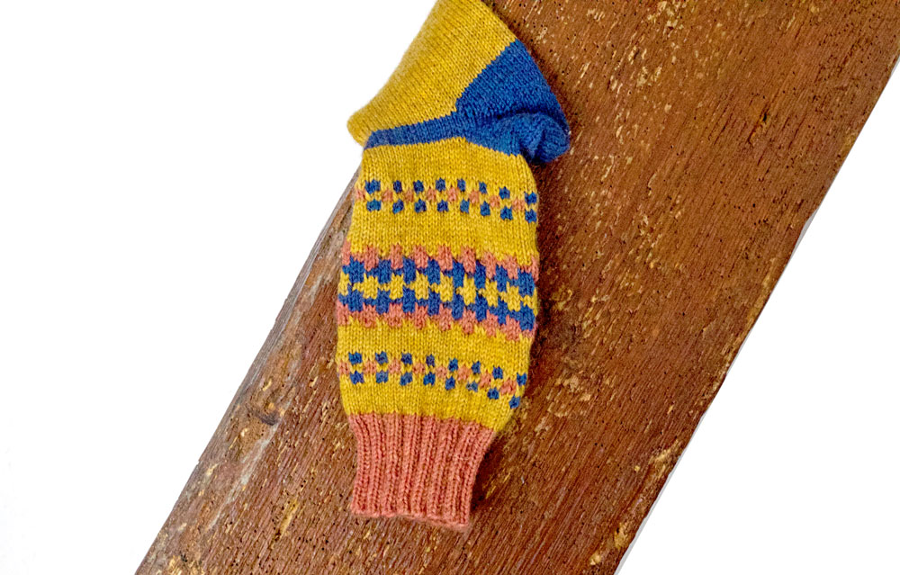 FinnSocks - Socken mit Hebemaschen stricken am Schaft