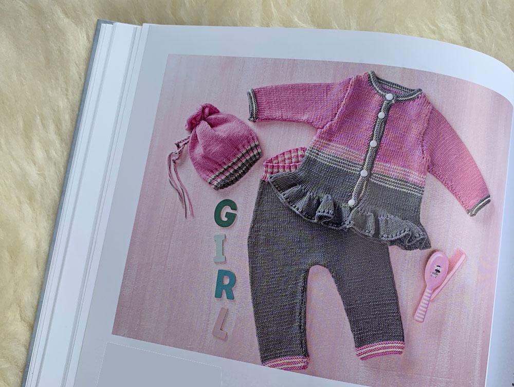 Baby-Sachen stricken - Mädchenjacke mit Rüschen