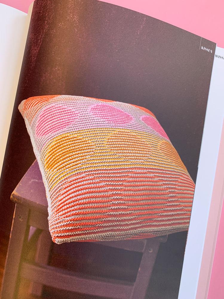 Schattenspiel - Kissen im Buch Mein ARD-Buffet Strickbuch