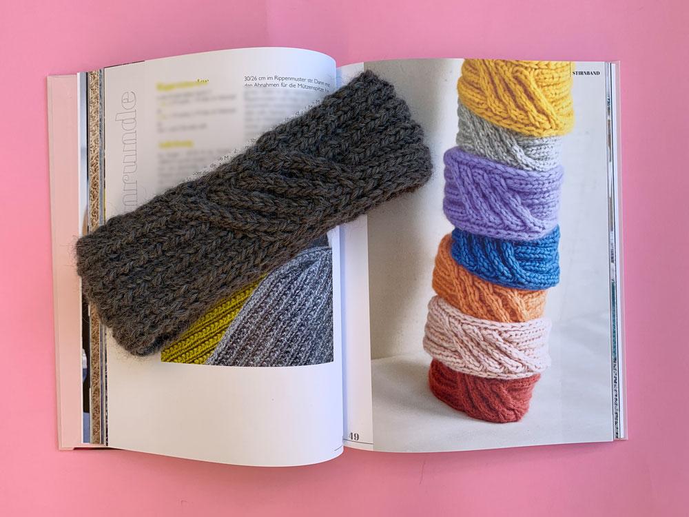 Das Stirnband aus dem Buch Mein ARD Buffet Strickbuch
