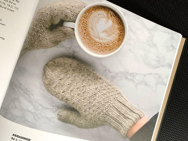 Kaffeedampf Fäustlinge im Buch Coffeehouse Knits