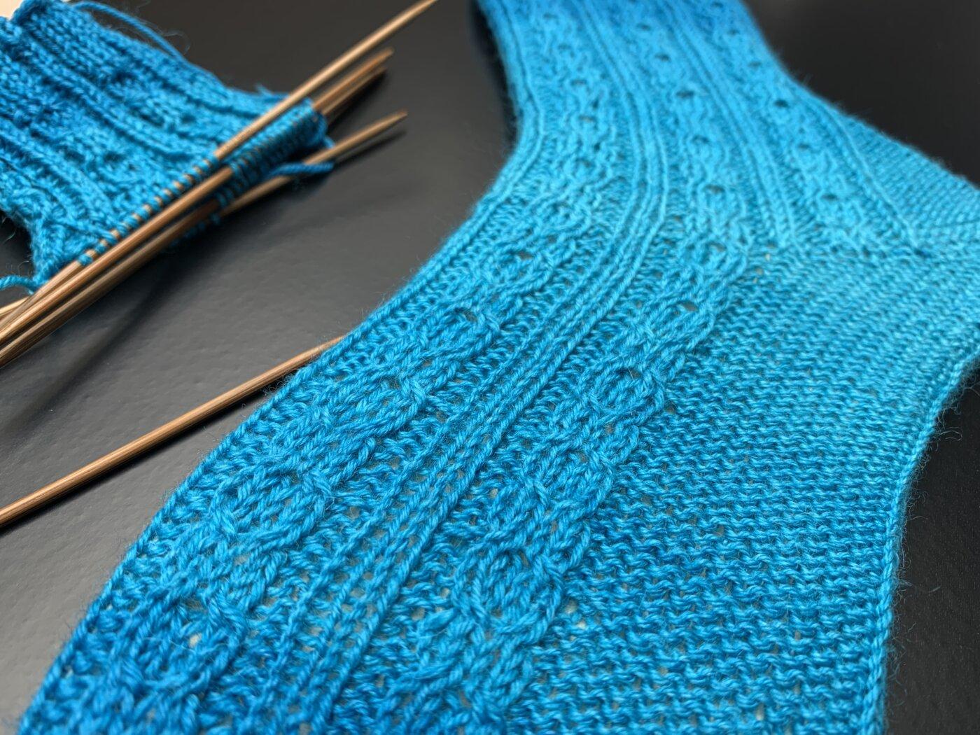 Lungerauer Sockenwolle mit schönem Farbverlauf