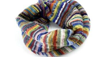 Resteloop aus Sockenwolle