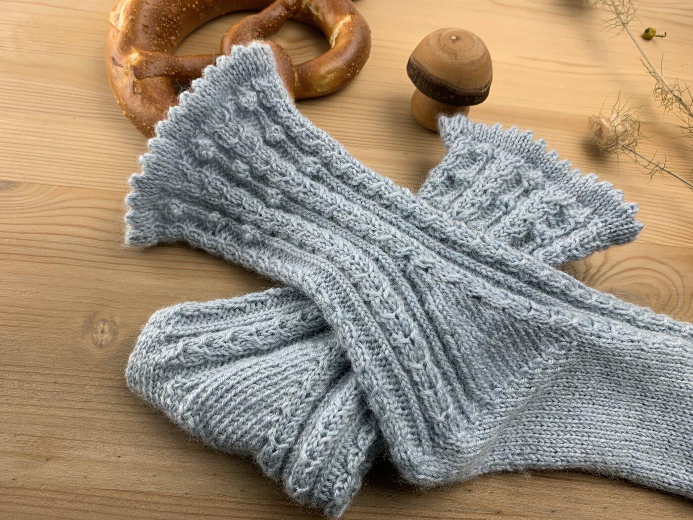 Mausezähnchen stricken - ein Sockenbeispiel